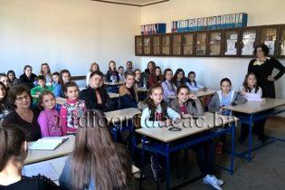 """Vijeće učenika pokrenulo inicijativu za izgradnju lifta u OŠ """"Ivan Goran Kovaćić"""""""