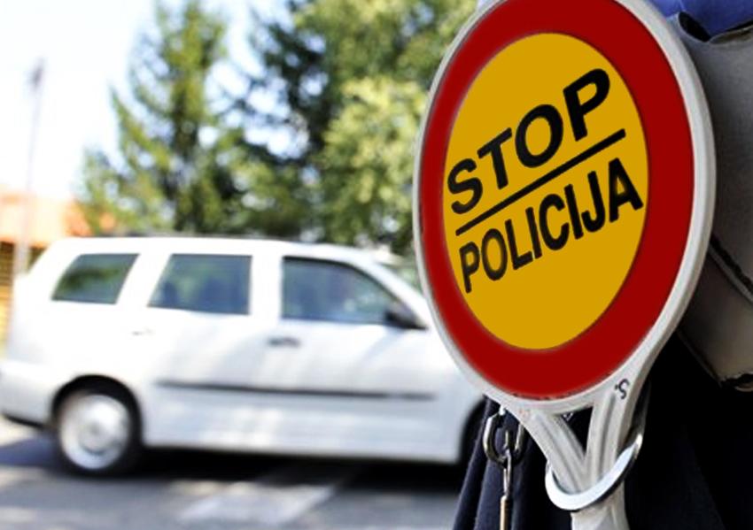 U saobraćajnoj nezgodi na putu Gradačac – Ormanica povrijeđene četiri osobe