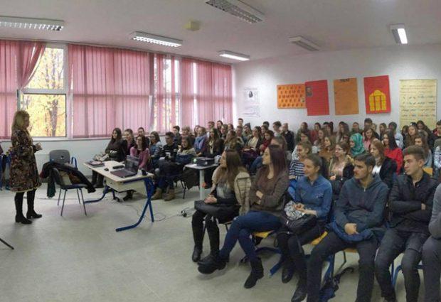 Gimnazijalcima predstavljen program EducationUSA