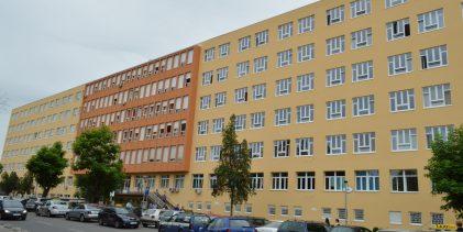 Zbogširenja virusa gripe UKC Tuzla obustavlja posjete bolesnicima