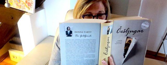 Sa polica biblioteke: Donna Tartt – Češljugar