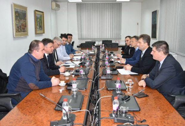 Investitori zainteresovani za izgradnju nove fabrike za obradu drveta u Gradačcu