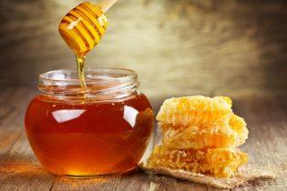 Izvršene inspekcijske kontrole skladišta i punionica meda u Gradačcu i Tuzli