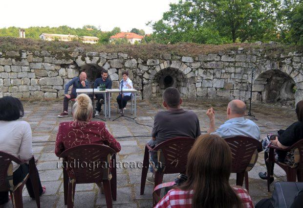 "Promovisan roman ""Kad sam bio hodža"" autora Damira Ovčine"