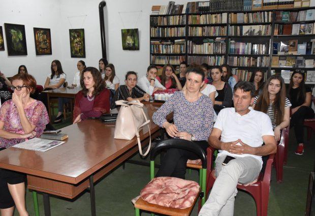 Enes Kujundžić: Vrati fokus na status knjige
