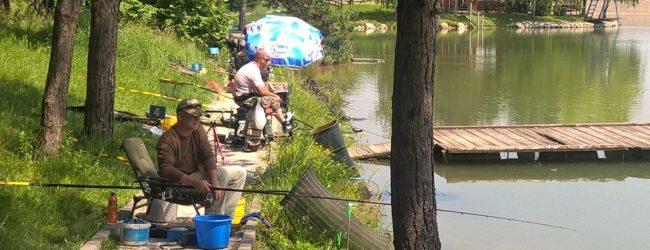 Na jezeru Vidara održano Federalno takmičenje u ribolovu