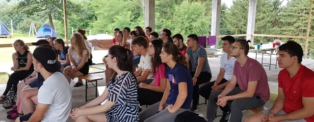 Internacionalni omladinski kamp na jezeru Vidara