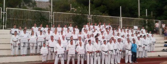 """Karate klub """"Tempo"""" bogatiji za 4 majstora karatea 1. DAN"""