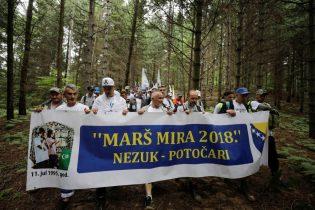 """Učesnici """"Marša mira 2018"""" krenuli iz Nezuka ka Potočarma"""