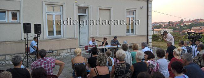 """Promovisana knjiga """"Otrgnuto od zaborava – Gradačac kroz vrijeme"""" autora Mirze Avdičevića"""
