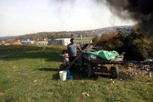 Djeca iz romskog naselja Begovina zaslužuju priliku koju njihovi roditelji nisu imali