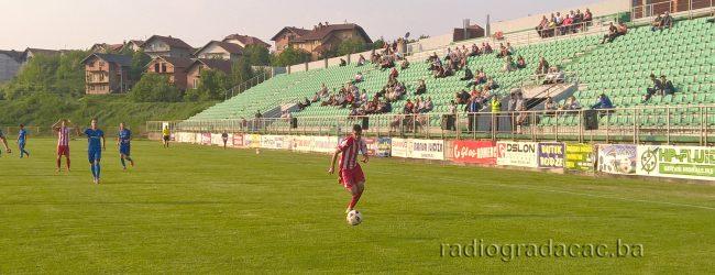 Akcija uređenja travnjaka na stadionu Banja Ilidža