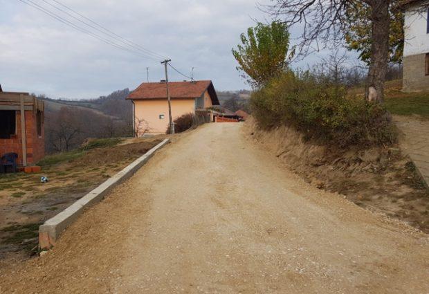 Rekonstrukcija i izgradnja lokalnih puteva u mjesnim zajednicama Bukva, Zelinja Srednja i Sibovac