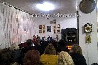 """U Preporodu promovisana knjiga """"Muslimansko žensko pitanje u BiH (1908 -1950)"""" autora Adnana Jahića"""