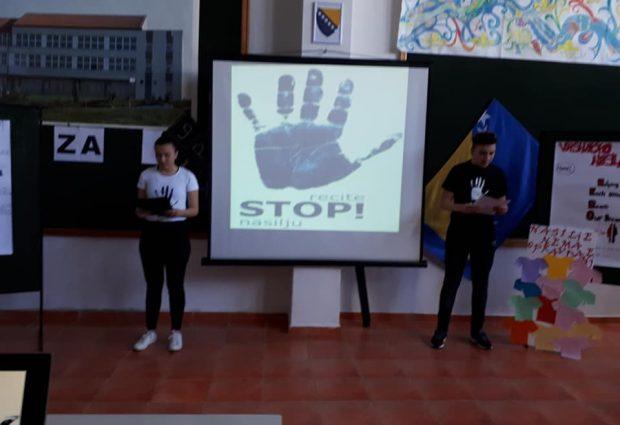 Srednjoškolci poručili – Recimo stop nasilju i mržnji!