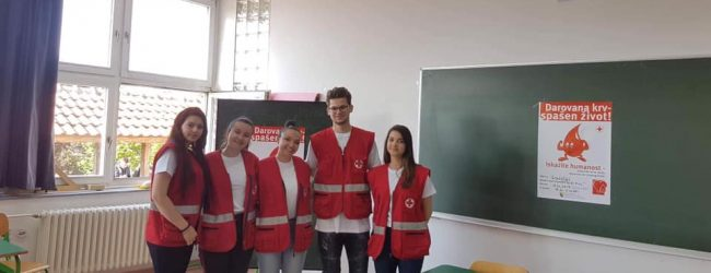 Srednjoškolci i gimnazijalci darovali krv
