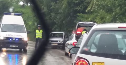 Saobraćajna nezgoda na izlazu iz Gradačca prema Ormanici