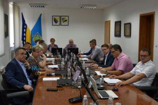 Odobren upis 132 samofinansirajuća studenta na Univerzitetu u Tuzli