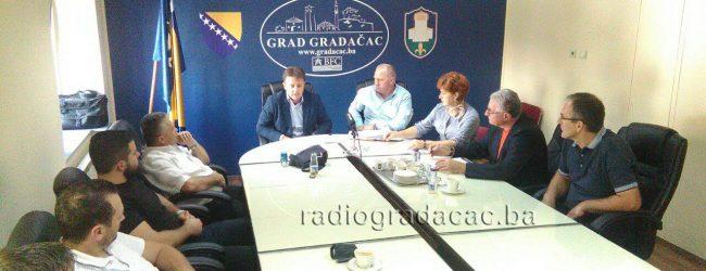 VIDEO: Potpisani ugovori za projekte u mjesnim zajednicama ukupne vrijednosti 113.000 KM
