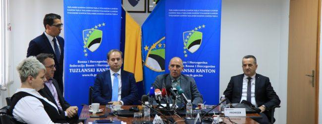 Premijer Tulumović posjetio gradačačke firme Mlin Nezić i TMD Group