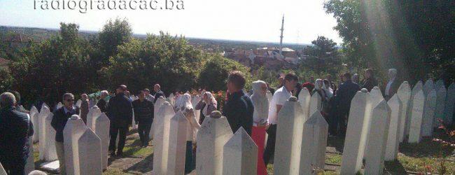 FOTO/VIDEO: U Gradačcu obilježen Dan šehida