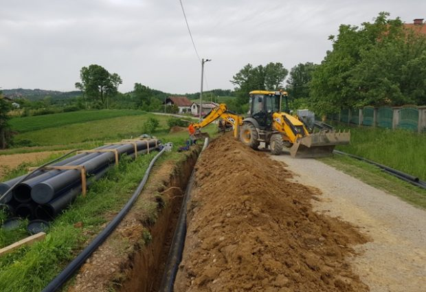 Potpisan Sporazum o grantu EU za nastavak izgradnje vodovodne mreže u Gradačcu