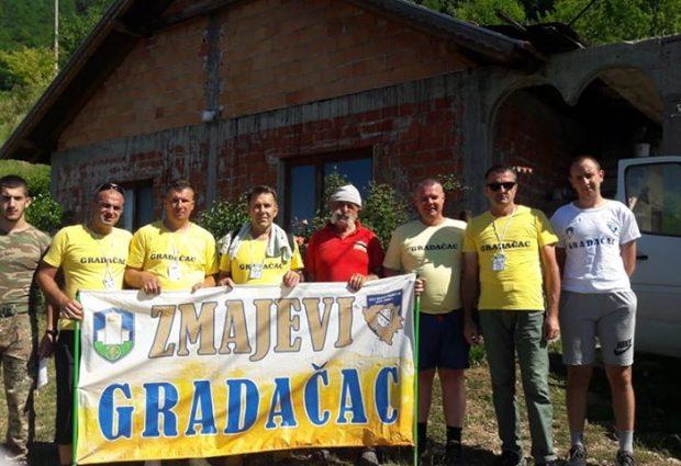 Učesnici Marša mira 2020 na brdu Udrč