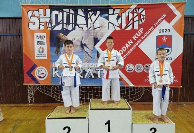 """KBS """"Zmaj"""" osvojio četiri medalje na takmičenju u Prijedoru"""