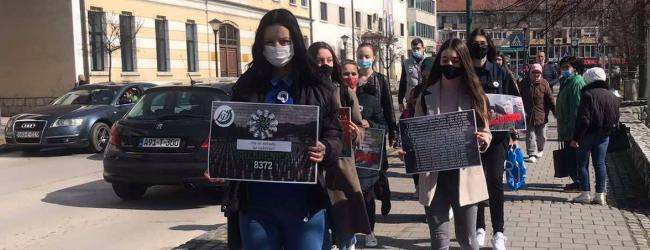Mirna šetnja u znak sjećanja na žrtve genocida u Srebrenici