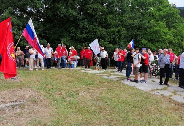 """Članovi Društva """"Josip Broz Tito"""" u Drvaru obilježili 80. godina od antifašističkog ustanka u BiH"""