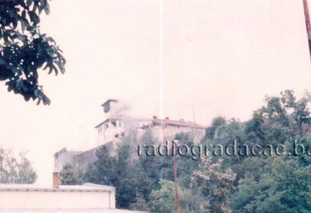18. juna 1992. godine granatirano gradsko jezgro Gradačca