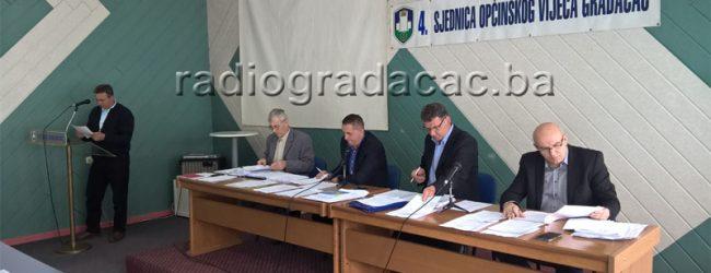 Vijećnik Enir Šakić podnio inicijativu za preimenovanje Trga Alije Izetbegovića u Trg Husein-bega Gradaščevića