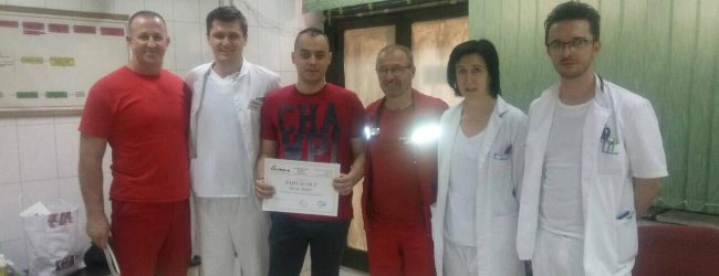Zoran Matkić donirao EKG aparat Domu zdravlja u Gradačcu