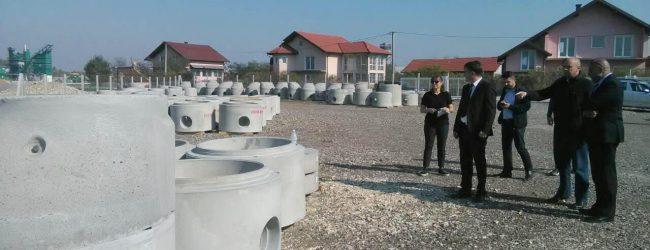 Ambasador Češke Republike obišao skladište opreme za izgradnju kanalizacione mreže u Gradačcu