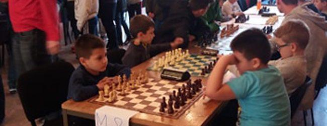 Una Barać kadetska šahovska prvakinja Tuzlanskog kantona