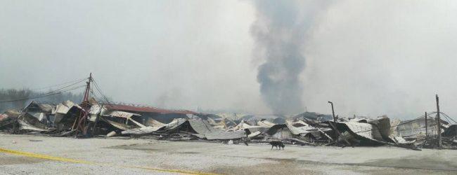 Lokalizovan požar na Gradačačkoj pijaci u Porebricama