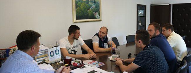 Gradonačelnik upriličio prijem za gradačačke rukometaše i reprezentativca BiH Ibrahima Haseljića